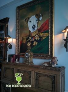 el perro y la galleta